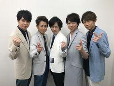 """Arashi at the waiting room today 😭😭😭"" Image, Anniversary, Boys, Animals, Baby Boys, Animales, Animaux, Animal, Senior Boys"