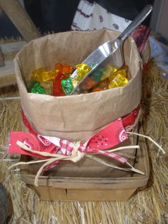~brown bag for candy buffet