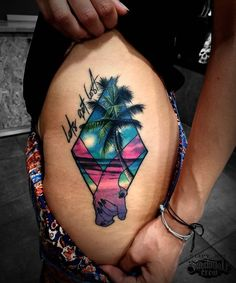 Realistic color thigh tattoo from @slipy_stc