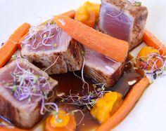 Atún con dúo de zanahoria y caramelo de soja / Tuna with carrot 2 ways and caramel-soya sauce