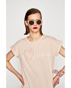 PEARLY T-SHIRT WITH SLOGAN - Available in more colours