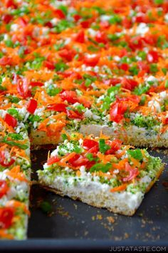 Crescent Roll Veggie Bars recipe http://justataste.com #healthy #appetizer