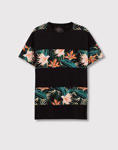 Pull&Bear - homem - vestuário - blusas - t-shirt painéis estampados - preto - 09239504-I2016