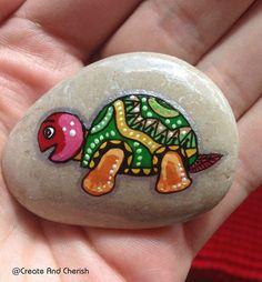 Painted Stone turtle Fairy Garden Turtle by CreateAndCherish Sea Turtle Painting, Pebble Painting, Pebble Art, Stone Painting, Turtle Painted Rocks, Painted Rocks Craft, Hand Painted Rocks, Painted Pebbles, Painted Stones