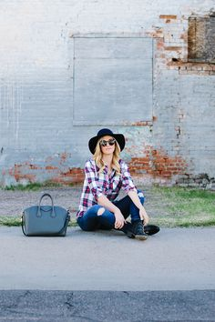 Relaxed Outfit // plaid
