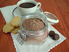 Preparato per cioccolata calda Smoothie Drinks, Smoothies, Nutella, Outside Plants, Food Lists, Cake Cookies, Hot Chocolate, Cooking Recipes, Pudding
