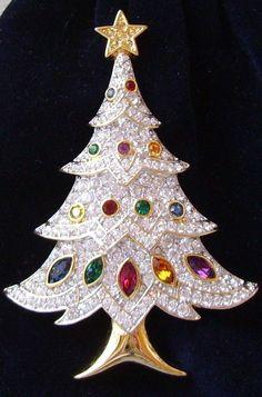 Signed Swarovski 4 Tier Christmas Tree Brooch Pin