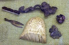 Bone comb with miniature Anglo-Saxon grave goods from Girton College, Cambridge, CMAA Z.18060/D.1924.25. Genevra Kornbluth