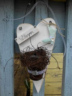 Holzherz-Willkommen-shabby-zartblau-Country-weiß-Haustüre-Dekoration-Sommer-Blumen Shop Haus No.7-Dawanda 18€