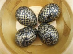 Not even the golden goose could lay eggs this gorgeous! ;) Black and Gold Decoupage Chiyogami Yuzen Paper Easter Eggs by VioletVox, $12.00
