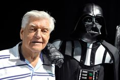 The actor used his towering height and broad shoulders to portray the bionic body of the evil Darth Vader in the original Star Wars trilogy. Darth Vader Star Wars, Who Plays Darth Vader, Darth Vader Mask, Chewbacca, Christopher Reeve, Mark Hamill, Carrie Fisher, Luke Skywalker, Stanley Kubrick