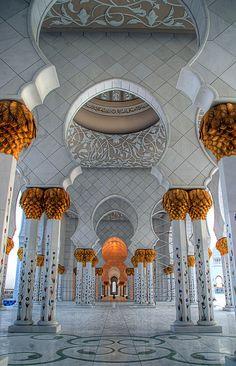 Sheikh Zayed Mosque - Abu Dhabi « Islamic Arts and Architecture Islamic Architecture, Art And Architecture, Architecture Details, Abu Dhabi, The Beautiful Country, Beautiful World, Beautiful Places, Beautiful Mosques, Beautiful Buildings