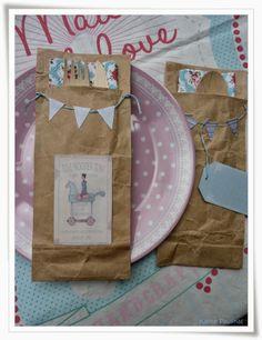 Kleine-Paulinas Serviettentaschen aus alter Papiertüte
