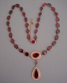 beautiful regency era garnets.  ENGLISH 9k yellow gold, flat cut garnet and seed pearls necklace with closed back settings