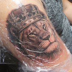 #wip #natebeavers #fusionink #houston #lion #liontattoo #bloody #crown #king #zion #kingofthejungle