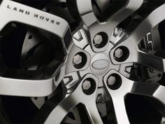 Land Rover Hub Cap Detail