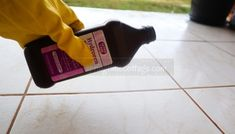 18 Smart Ways To Use Hydrogen Peroxide – Springtime Cottage Home Cleaning Remedies, Diy Home Cleaning, Deep Cleaning Tips, Household Cleaning Tips, House Cleaning Tips, Diy Cleaning Products, Cleaning Solutions, Cleaning Hacks, Cleaning Wipes