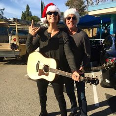 Slaying some Christmas carols with John Feldy this morning :D x < awesome! I wonder why no one does carols anymore...
