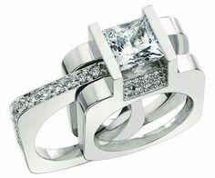 Precioso set de anillos. Diamantes y oro blanco.