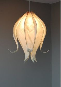 Adapt to form skirt for paper mache fairy lamp? Closed Flower Lampshade: made from tissue paper and wire then place lampshade over pendant light Luminaria Diy, Carving Designs, Lamp Shades, My New Room, Lamp Light, Diy Light, Light Table, Light Fixture, Flower Lampshade
