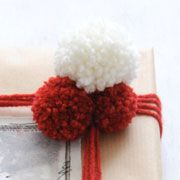 Easy DIY Yarn Pom Poms