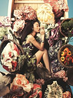 Bosung Kim / Vogue Korea June 2012.