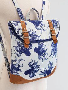 1315 Brigitta Foldover Backpack PDF Sewing Pattern - Patterns: Baskets, Bags and Purses Diy Backpack, Satchel Backpack, Diaper Backpack, Mode Wax, Backpack Pattern, Backpack Sewing Patterns, Sewing Leather, Sewing Hacks, Sewing Tips