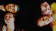 5SOS, 5 Second Of Summer, Valentine, YoungBlood, 5 Second Of Summer Wallpaper, 5SOS Wallpaper, Ashton Irwin, Michael Clifford, Calum Hood, Luke Hemmings, cogan, cowo bule, potrait Wallpaper Dekstop, 5sos Wallpaper, Aesthetic Desktop Wallpaper, Macbook Wallpaper, Summer Wallpaper, Computer Wallpaper, Wallpaper Backgrounds, Luke Hemmings, 5 Seconds Of Summer