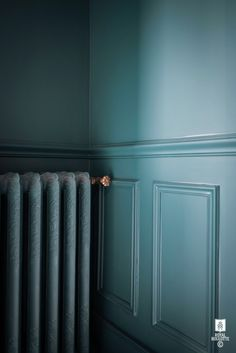 ROYAL ROULOTTE -★-  HOME DECOR FONTAINEBLEAU / BLUE WALLS