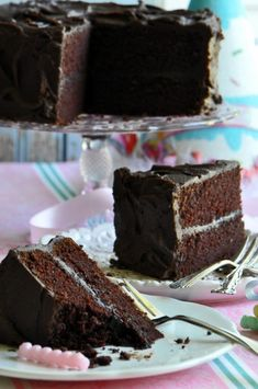 Chocolate Fudge Birthday Cake Baking Recipe All your creations have your favorite ingredients you will find it here in one of the product categories check it at organichealthgood. Easy Baking Recipes, Easy Cake Recipes, Cupcake Recipes, Cupcake Cakes, Cupcakes, Chocolate Fudge Cake, Chocolate Recipes, Chocolate Chocolate, Köstliche Desserts