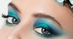 Teal eyes for blue-green eyes