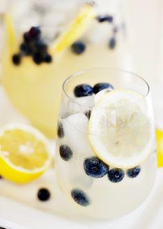White Wine Vodka Lemonade Chiller