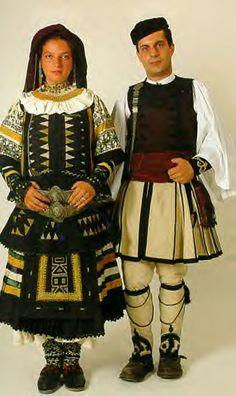 Costume of the Sarakatsani or Karakachani, GREECE. Greek Traditional Dress, Traditional Fashion, Traditional Outfits, Costume Shop, Folk Costume, Historical Costume, Historical Clothing, Costumes Around The World, International Clothing