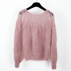 Mohair Pleated Sweater in Antique Pink by Maiami www.c… Mohair Pleated Sweater in Antique Pink by Maiami www. Mohair Sweater, Pink Sweater, How To Purl Knit, Knit Fashion, Knitting Designs, Pulls, Hand Knitting, Knitwear, Knitting Patterns