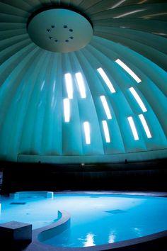 De l'ombre jaillit la lumière naturelle http://www.blog-habitat-durable.com/de-lombre-jaillit-la-lumiere-naturelle/