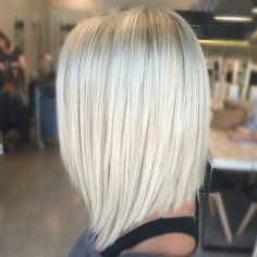 "181 Likes, 13 Comments - Kaitlin Jade (@hairbykaitlinjade) on Instagram: ""Slightly longer at the front and really textured✂️with that bright blonde colour ❄️ #longbob…"""