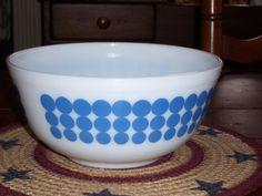 Vintage Pyrex...Blue Dot Bowl...8 1/2 inches...403...2 1/2 Quart...Great Condition...Retro Kitchen... on Etsy, $30.00