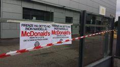 """Casapound protesta davanti a McDonald's: """"Giù le mani da piazza Duomo"""""""