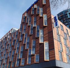 terracotta rainscrean Rainscreen Cladding, Brick Cladding, Cinema Architecture, Architecture Details, Building Facade, Building Design, Facade Pattern, Cladding Systems, Residential Complex