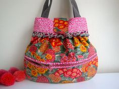 Floral cotton Handbag external pocket handmade by GerdaBags