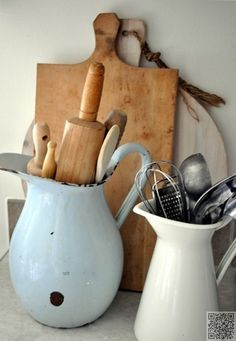 15. #Vintage Pitchers - 29 Vintage #Storage Ideas to Add a #Unique Touch to Your Home ... → DIY #Shabby