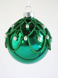 SIMPLE!  Ornament Cover  Free Beaded Christmas Ornament Patterns   Beaded Ornament Class