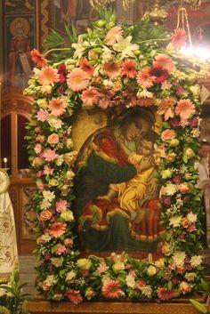 Απόδοση Κοιμήσεως της Θεοτόκου και της εορτής του Αγ. Γερασίμου στην Κεφαλλονιά Church Flowers, Jesus Christ, Catholic, Floral Wreath, Blessed, Mary, Angel, Wreaths, Psalms