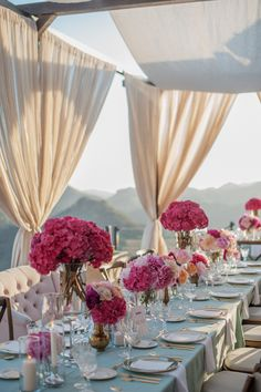 La Tavola Fine Linen Rental: Tuscany Ice with Tuscany White Napkins Wedding Table Settings, Wedding Reception Decorations, Wedding Scene, Dream Wedding, Floral Centerpieces, Wedding Centerpieces, Bridal Show Booths, Summer Wedding Colors, Here Comes The Bride
