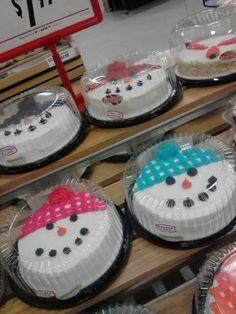 Snowmen cakes