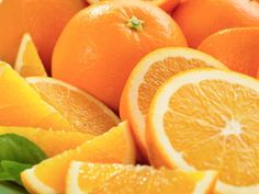 comomango: Vitamin C Choice: tart & high acidic tangerine oranges Don't forget to boost your immune system today! Foods For Healthy Skin, Healthy Skin Care, Happy Healthy, Healthy Options, Lemon Juice Benefits, Lose Weight, Weight Loss, How To Exfoliate Skin, Orange Fruit