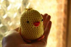 m i s s . t e a & c o .: Crochet Easter Chicken