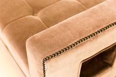 DETAIL - Velvet reception bench with studded detail