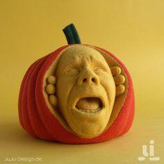 Meet the felted pumpkin who won Halloween! #knithacker #felt #felted #halloween #JackOLantern