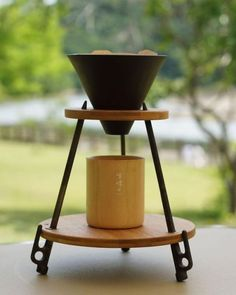 mvcoffee Pour Over Coffee, Drip Coffee, Coffee Brewer, Coffee Maker, Coffee Zone, Café Chocolate, Coffee Shop Bar, Design Café, Coffee Equipment